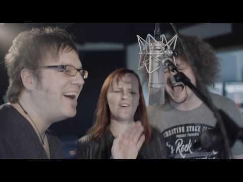 Melanie Mau & Martin Schnella - Die Zwerge Vom Iberg (Official Video)
